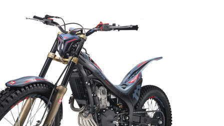 Honda Montesa Cota 301RR in Sonic Grey, 3/4-Frontansicht von links