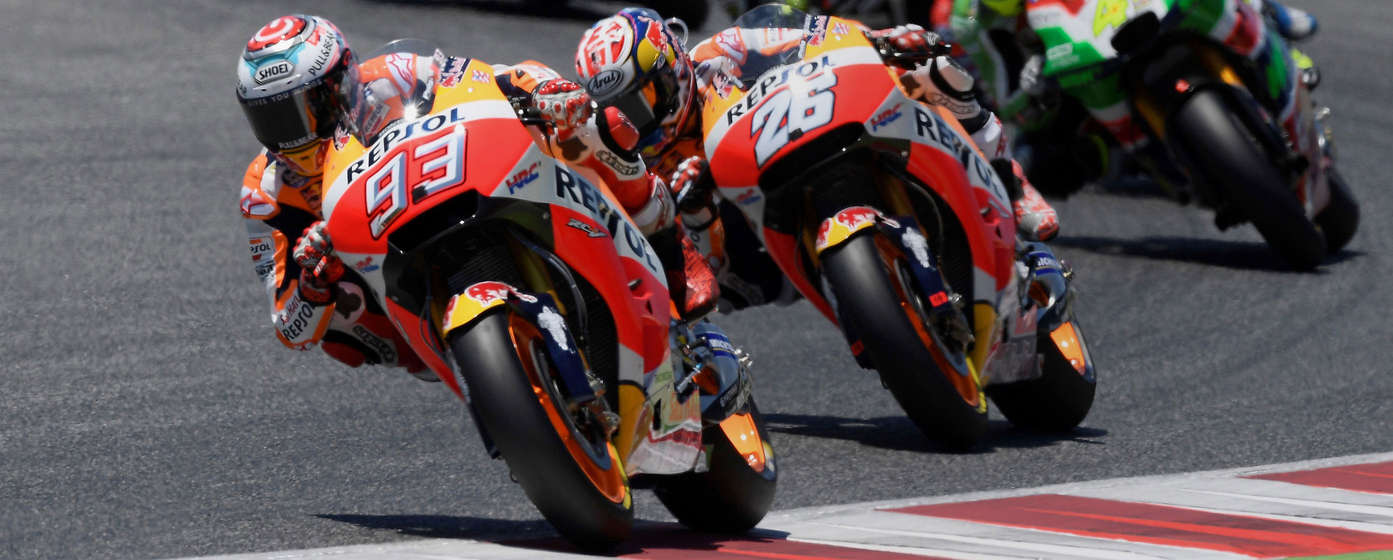 Front three-quarter facing Honda Fireblades in the MotoGP race.